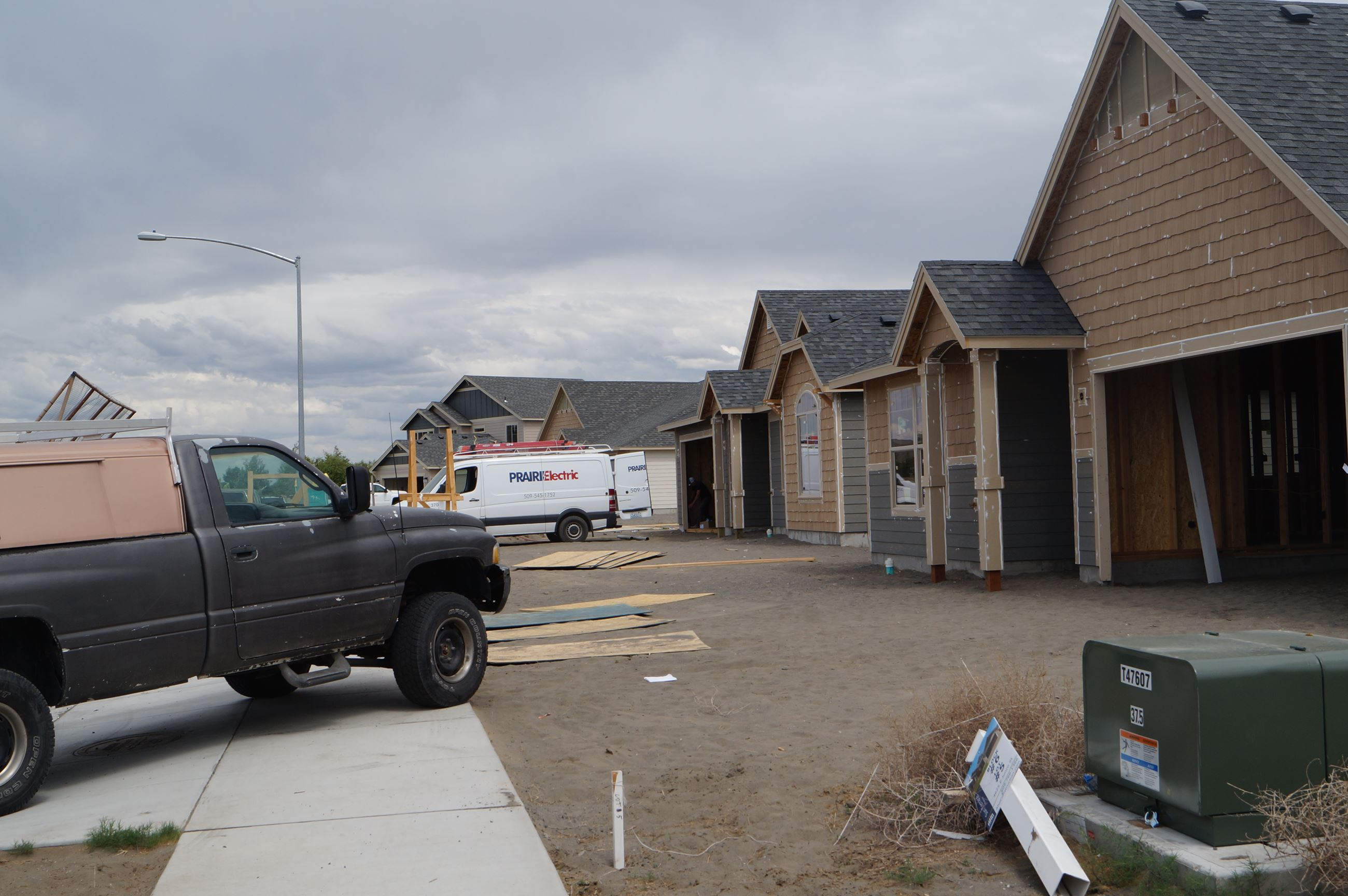 An Aho home takes shape on East Junco Street in Moses Lake