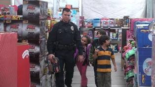 Shop with a cop 3.JPG